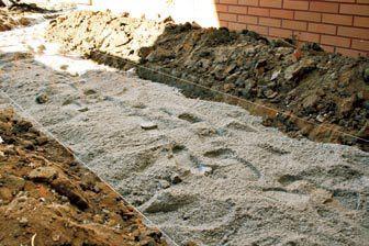jak wykonać ścieżkę z kostki betonowej