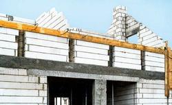 Murowanie ścian z bloczków silikatowych. Wskazówki dotyczące budowy ścian z silikatów