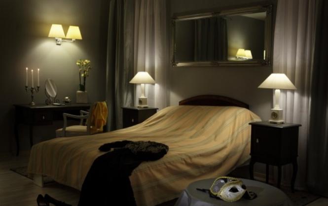 Modny wystrój sypialni: styl glamour