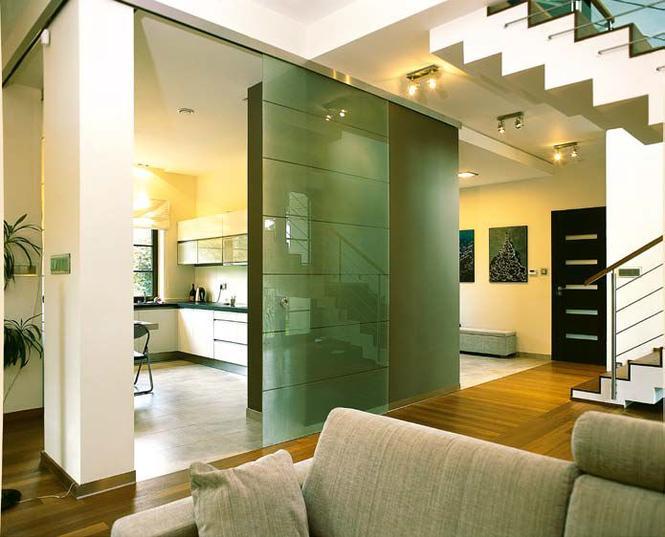 Mocowanie szklanej ściany