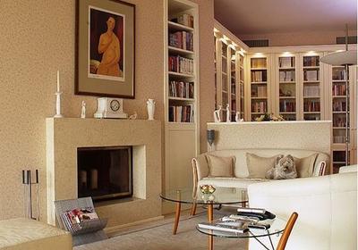 17 nowoczesnych salonów. Bardzo przytulne aranżacje i inspracje salonów z kominkiem