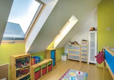 Jak urządzić pokój dla dziecka na poddaszu? Pomysł na aranżację pokoju dla chłopca i dziewczynki