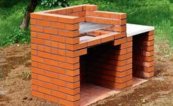 Murowany grill. Budowa grilla ogrodowego z klinkieru - krok po kroku