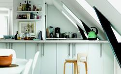 Kuchnia na poddaszu - praktyczne zasady projektowania wnętrza